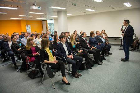 """Új részvételi rekorddal indul """"A jövő vezetői"""" program ötödik évfolyama"""